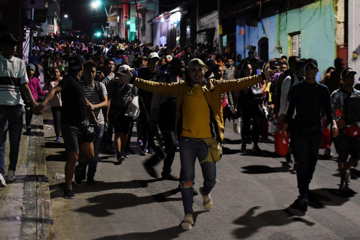 migrants caravan in mexico