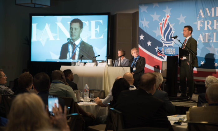 Steven Woolfe, former British member of the European Parliament from the UKIP Party, speaks at an AFA event in Los Angeles on Oct. 5, 2019. (Ian Henderson/The Epoch Times)
