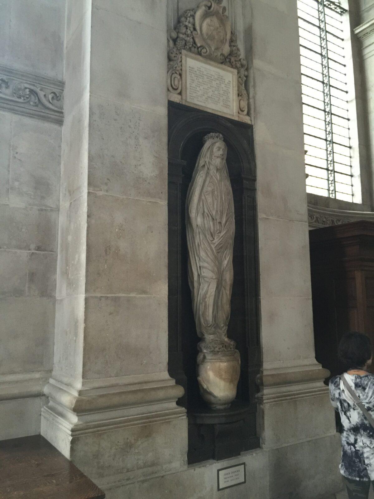 John_Donne_sculpture_St._Paul's