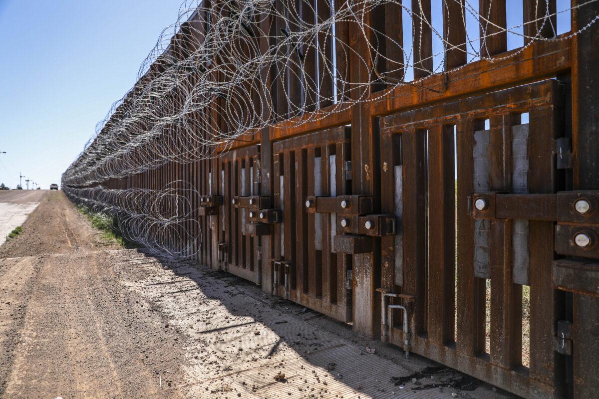 Senate Fails to Override Trump Veto Over Funding for Border Wall