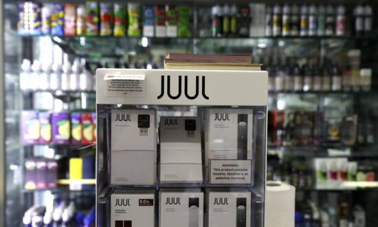 Juul Stops Sales of Fruit, Dessert Flavors of E-Cigarettes, as Number of Lung Illnesses Rise