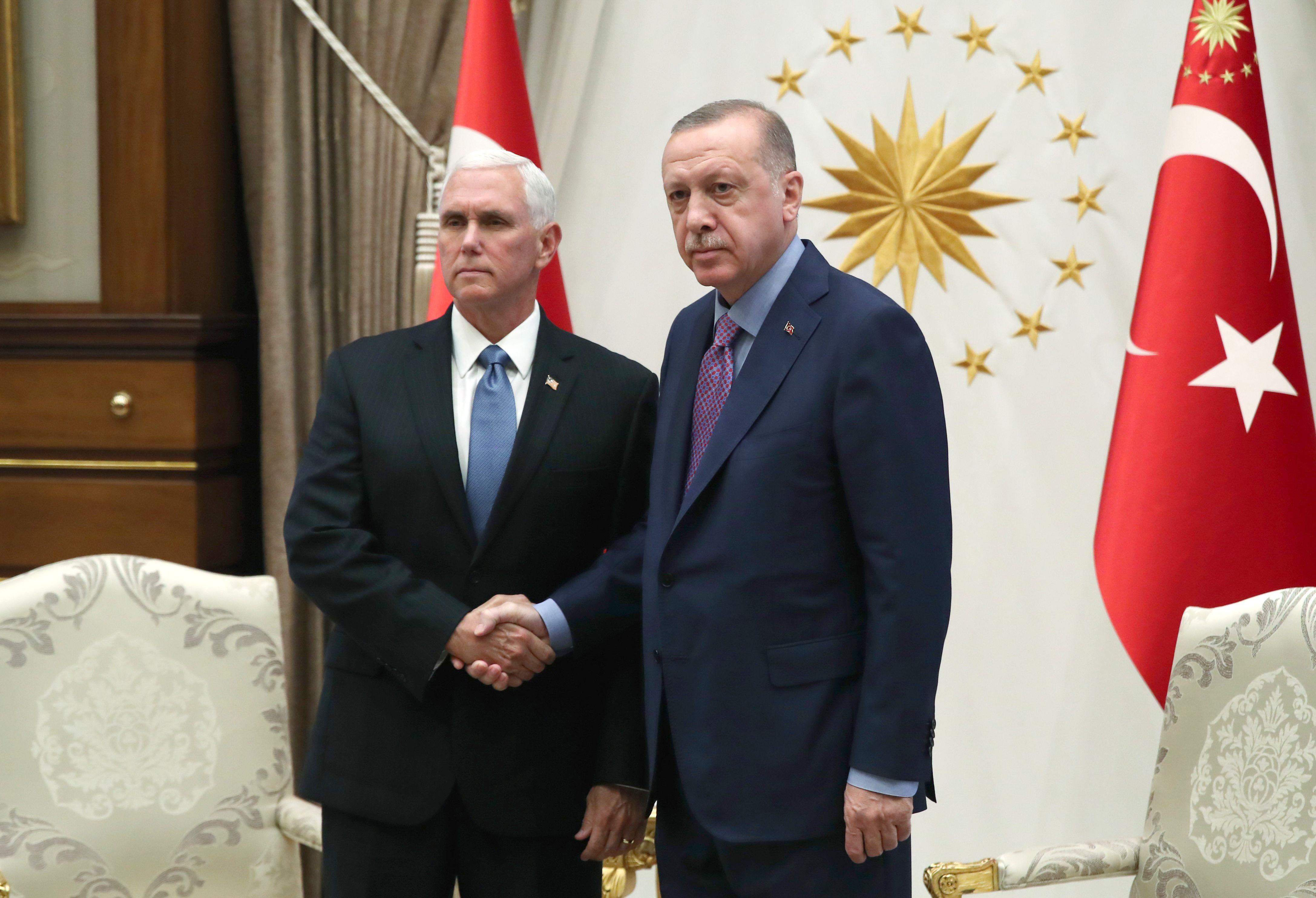 US, Turkey Agree on Ceasefire in Syria as Kurd-Assad Alliance Blocks Turkish Offensive