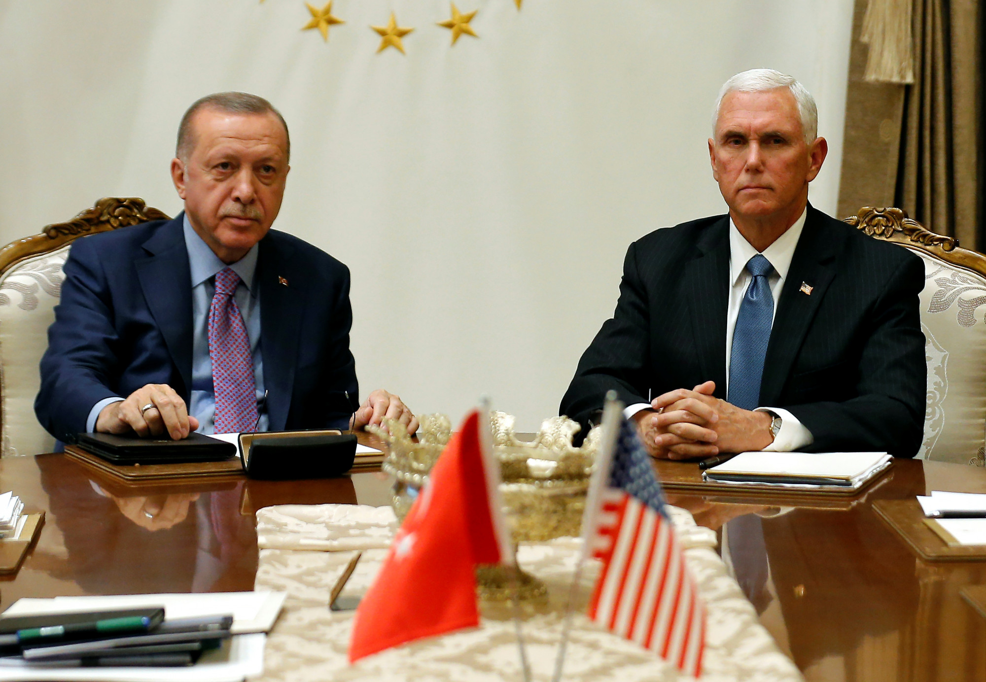 Pence Meets Erdogan to Urge Halt to Turkey's Syria Offensive