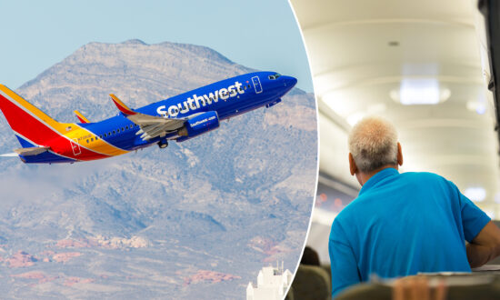 Southwest Airlines Crew Sings 'Happy Birthday' to 101-year-old WWII Veteran