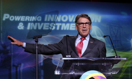 Rick Perry Won't Comply With House Subpoena in Impeachment Inquiry