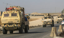US Troops Welcomed by Civilians in Iraq After Syria Withdrawal