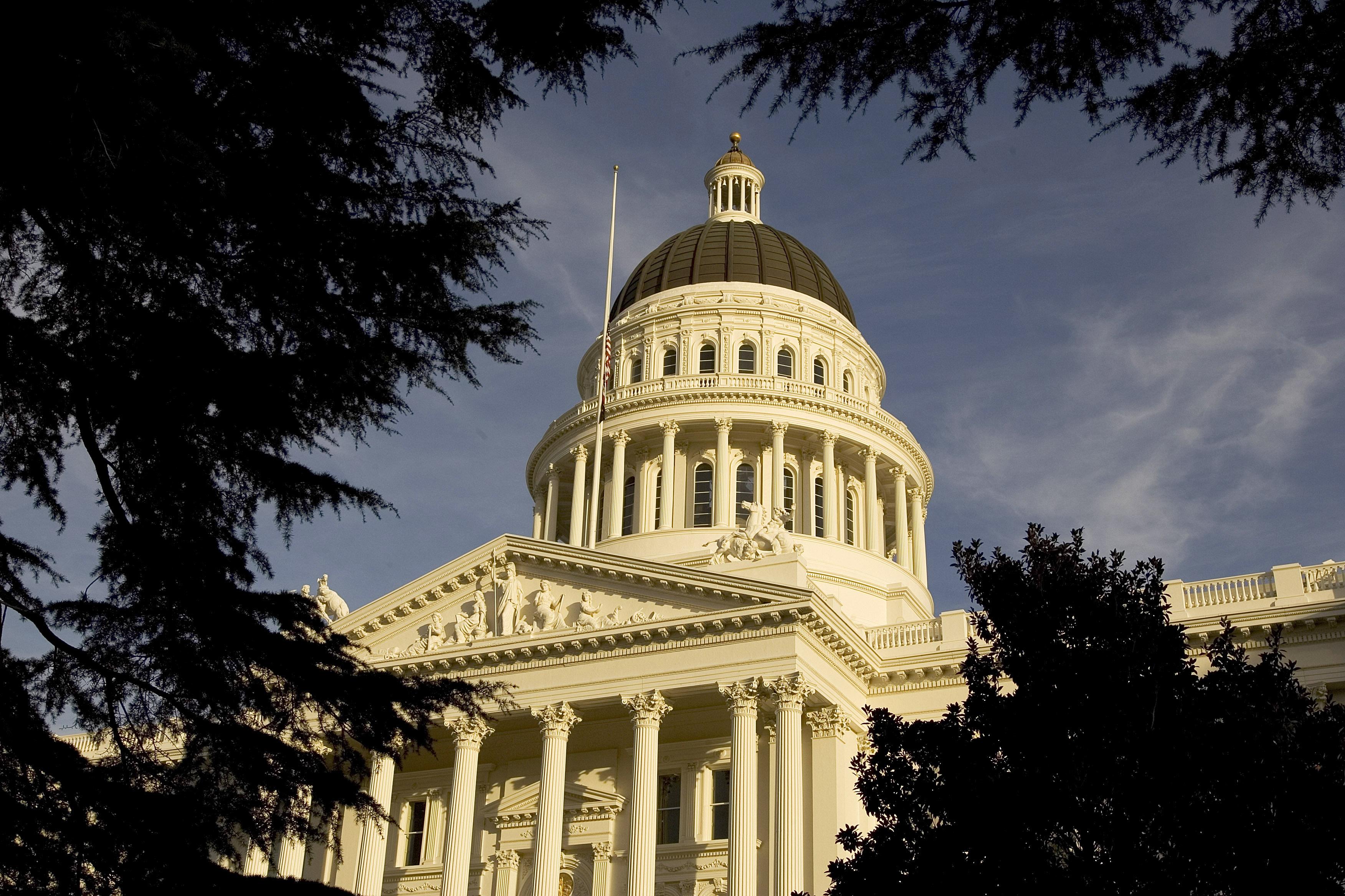 Senate Approves Stopgap Bill to Prevent Government Shutdown