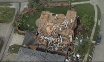 Tornado Slams Dallas; 4 Killed in Arkansas, Oklahoma