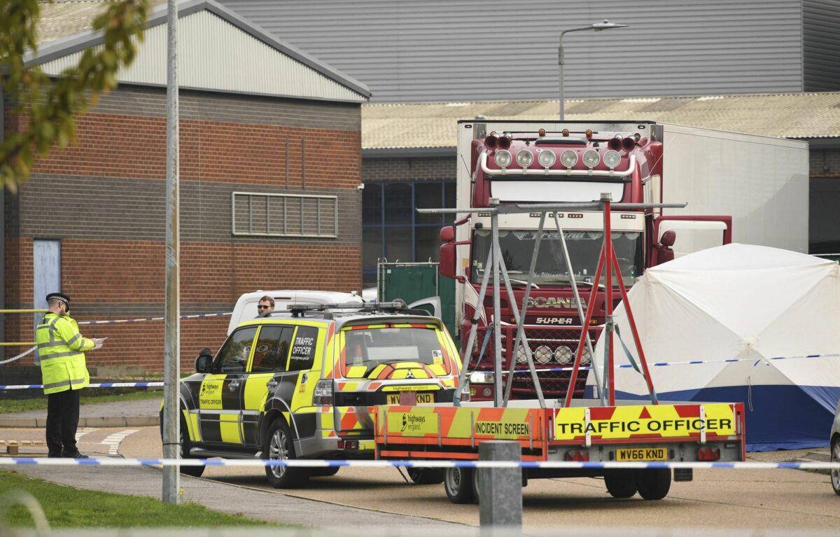 39 bodies found in truck 1