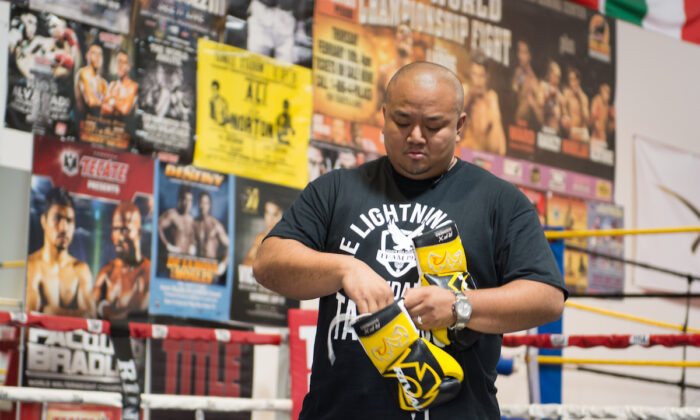 Ludan Taquiqui offers free boxing classes for homeless and at-risk youth in Las Vegas, Nevada. (Ron Poblete)