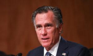 Senators Express Frustration With Mitt Romney Over Attacks on Trump