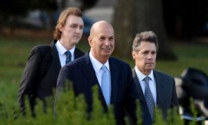 White House, Pence Dispute Gordon Sondland's 'Quid Pro Quo' Claim