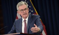 Fed Cuts Rate for 3rd Time This Year, Signals Pause in Reductions