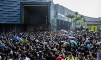 Hong Kong Government Moves to Censor the Internet