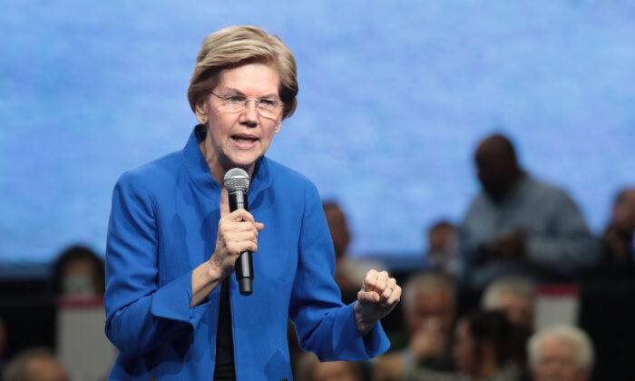 Democratic presidential candidate Sen. Elizabeth Warren (D-Mass.) speaks at an event in Des Moines, Iowa in Nov. 1, 2019. (Scott Olson/Getty Images)