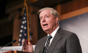 Lindsey Graham Says He Loves Joe Biden 'As a Person' but Investigation Must Continue
