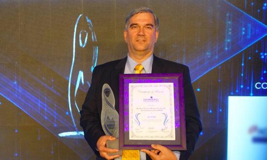 US-Based NGO Honored at Mother Teresa Memorial Awards for Combating Organ Harvesting