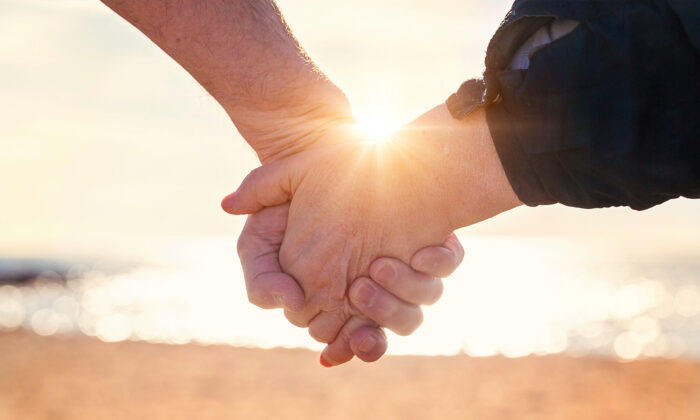 Make a joint commitment to debt-proofing your marriage. (Shutterstock)