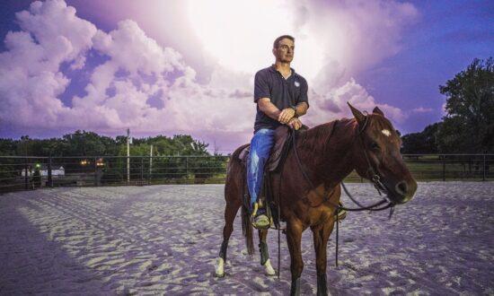 How Horses Are Helping Combat Veterans Adjust to Civilian Life