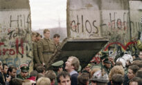 30 Years After Collapse of Berlin Wall, Polish 'Solidarity' Co-founder Has Strong Warning to the Free World