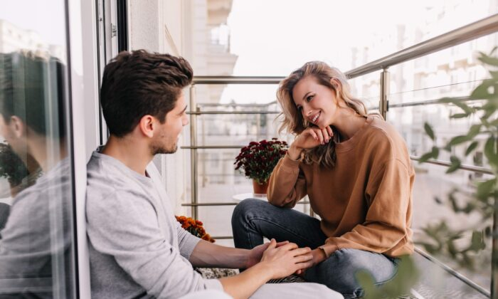 Common conversation can turn insecure partners towards their insecurities. (Look Studio/Shutterstock)