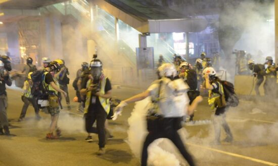 Some Hongkongers Contracted Chloracne, Likely From Harmful Chemicals in Tear Gas