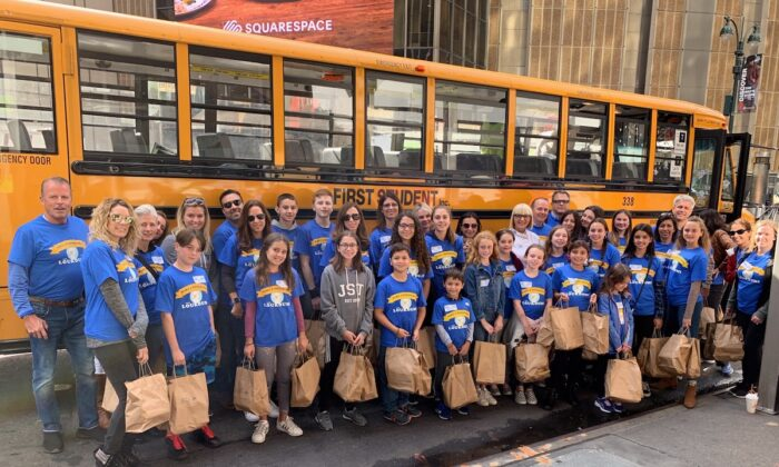 The Loukoumi Make a Difference Day Good Deed Bus in New York 2019. (Jillian Nelson)
