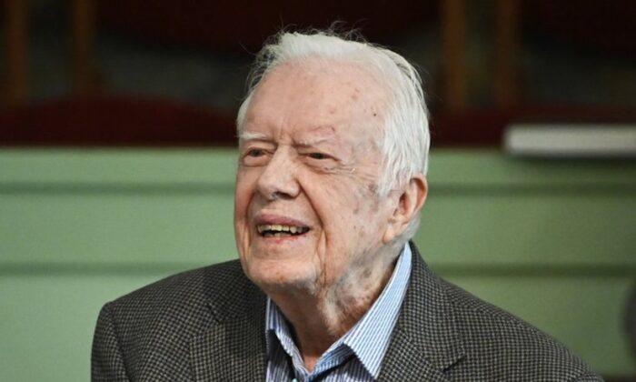 Former President Jimmy Carter teaches Sunday school at Maranatha Baptist Church in Plains, Ga. (John Amis/AP)