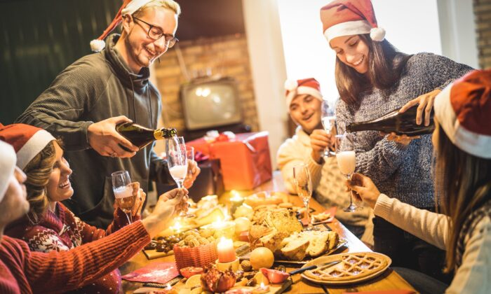 Holidays are full of delicious foods that are responsible for much of our annual weight gain. (View Apart/Shutterstock)