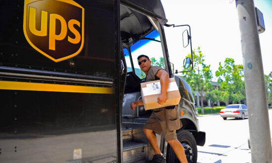 UPS Driver Follows Wife's Instructions to 'Hide Parcel From Husband,' and the Photo Goes Viral