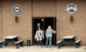 Foxx, Walberg Seek House Committee Hearing on UAW's Growing Corruption Scandal