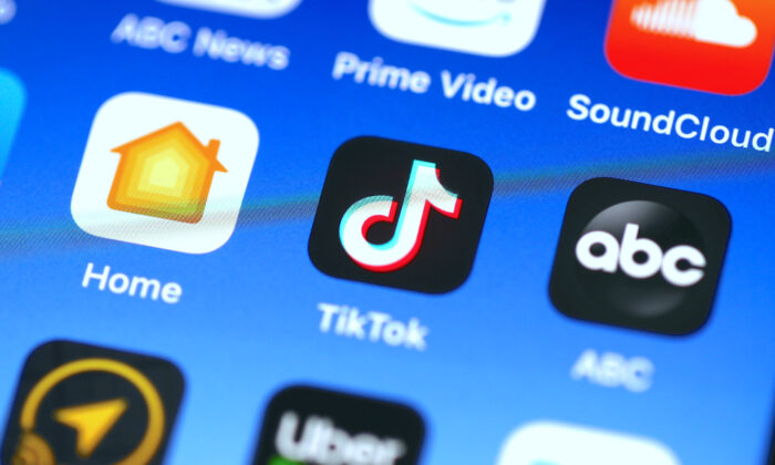 A TikTok app is displayed on an Apple iPhone in San Anselmo, Calif., on Nov 1, 2019. (Justin Sullivan/Getty Images)