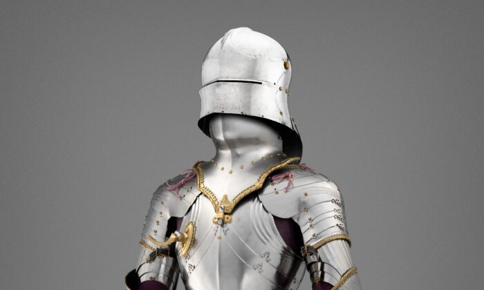 The astonishingly beautiful field armor of Maximilian I. Sallet: Private Collection, New York; all other elements of the armor: Kunsthistorisches Museum, Vienna, Imperial Armoury (A60). (Bruce M. White / The Metropolitan Museum of Art)