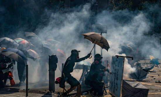 White House Condemns 'Unjustified Use of Force' by Hong Kong Police as Hundreds Arrested