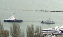Russia Returns 3 Seized Ships to Ukraine, Talks About Summit