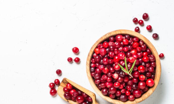Fresh cranberries. (Shutterstock)