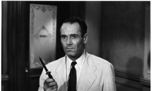 Film Review: '12 Angry Men': A Prime Example of Not Bowing to Peer Pressure