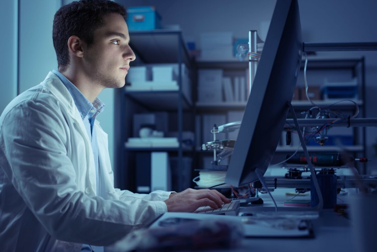 Blue Light Isn't the Main Source of Eye Fatigue and Sleep Loss–It's Your Computer