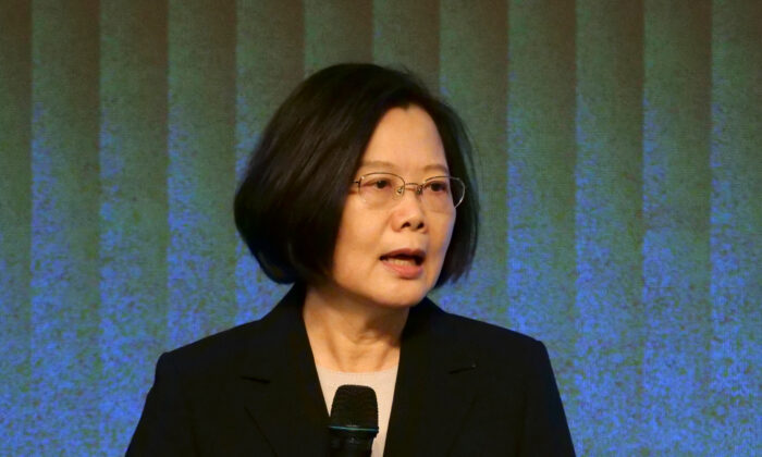 Taiwan's President Tsai Ing-wen speaks to members of the American Chamber of Commerce at their annual general meeting in Taipei, Taiwan on Nov. 19, 2019.  (Fabian Hamacher/Reuters)
