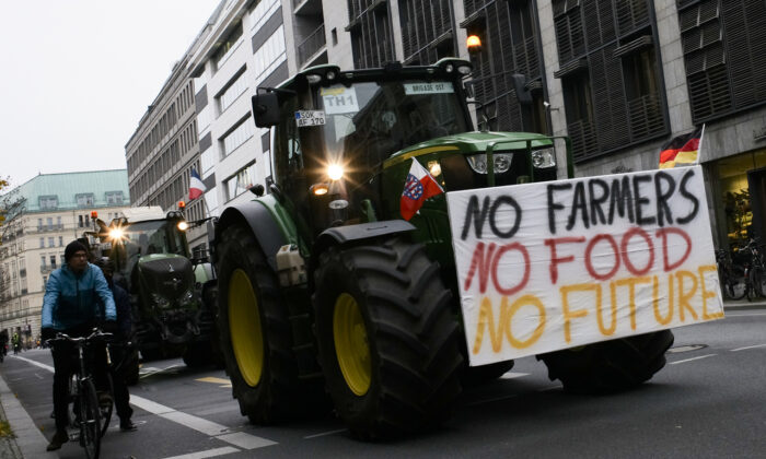 Farmers arrive for a protest at the government district in Berlin, Germany, on Nov. 26, 2019. (Markus Schreiber/AP)