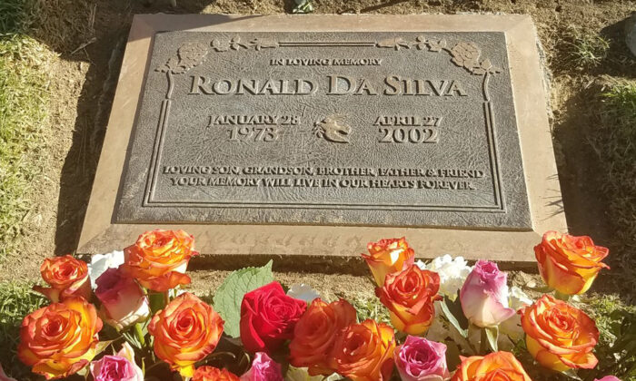 Roses left for Ronald Da Silva by his mother Agnes Gibboney on Nov. 24. Ronald was killed by an illegal immigrant in 2002. (Curtesy of Agnes Gibboney)