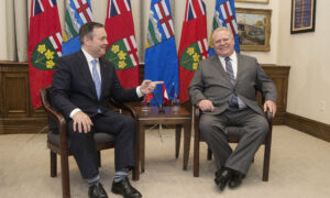 Provincial Premiers Look for More Federal Health Care Funding in Throne Speech