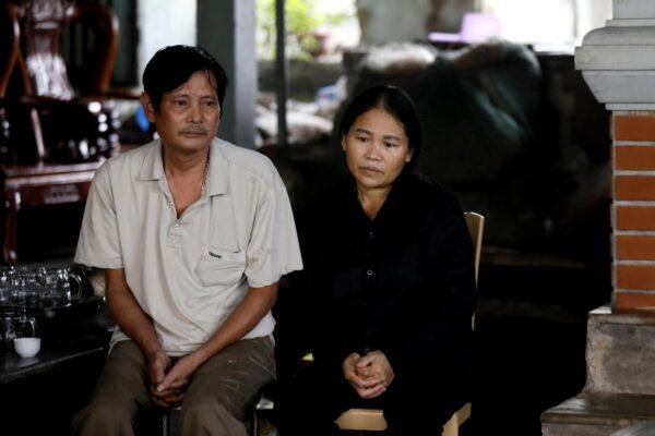 Parents of Thi Nhiem