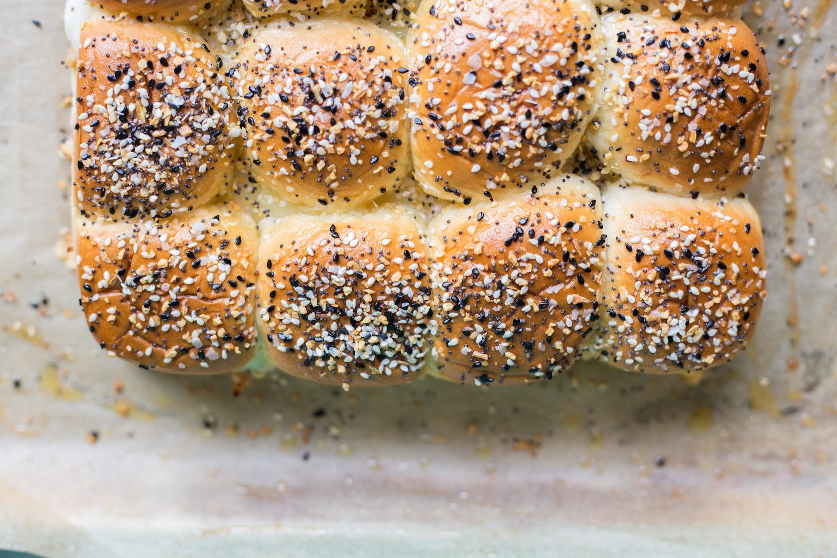turkey sliders with everything bagel seasoning