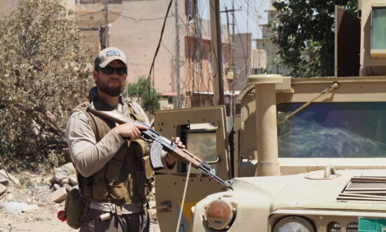 Ex-Navy SEAL Battles Evil in the City of Mosul