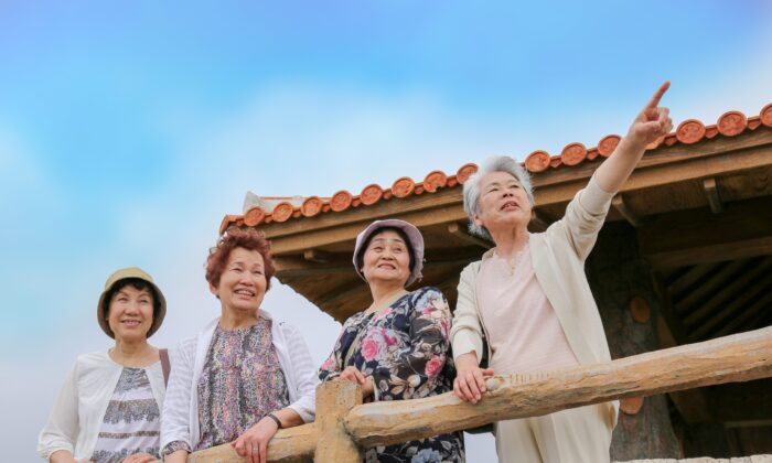 People in Okinawa have the longest life expectancy in the world, and the local diet helps explain why.(beeboys/Shutterstock)