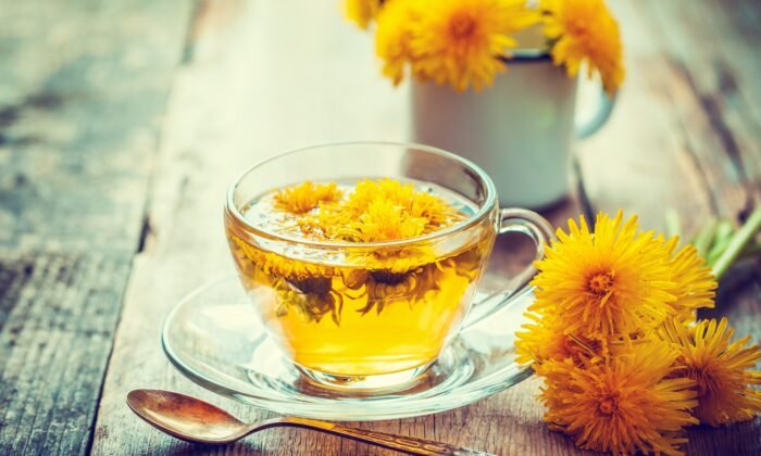Dandelions are considered weeds, but every part of them is edible and their tea can help your gallbladder, an important organ for detoxification. (Chamille White/Shutterstock)