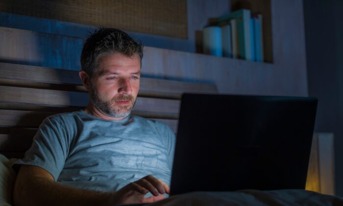 Viewing pornography shares parallels with drug addiction, including wanting more, even though the addict doesn't actually like it. (TheVisualsYouNeed/Shutterstock)