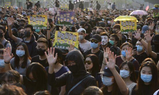 Hong Kong Gives Protesters Green Light for Big Rally on Sunday