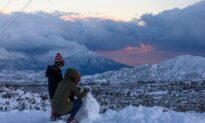 Two Storms Leave 50 Million Under Winter Weather Alert as Travelers Return From Thanksgiving